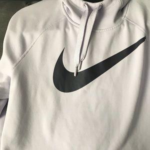 Nike Thema-Fit Womens Sweatshirt